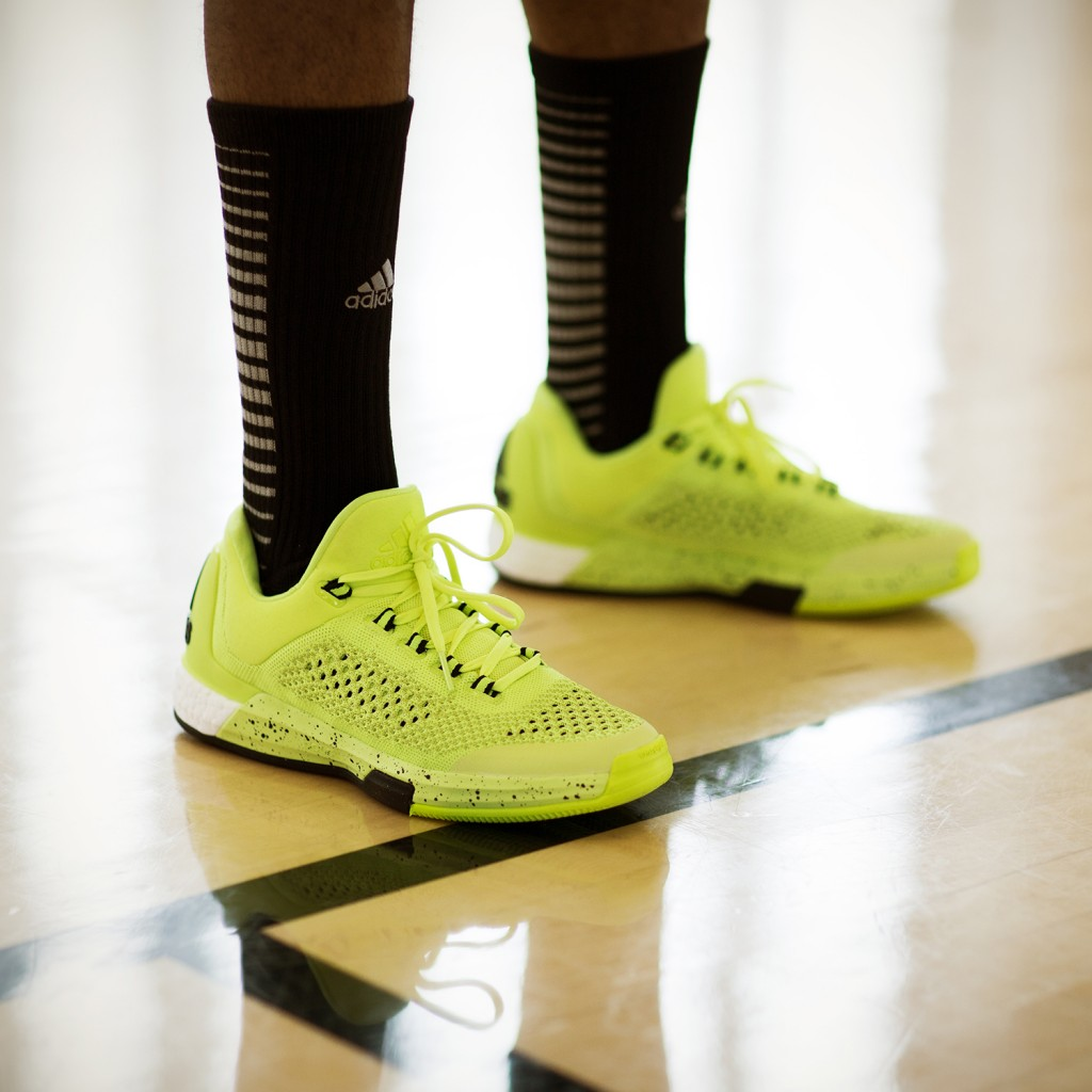 SS15_Bball_CLBoost_FW_IG_YLW_01