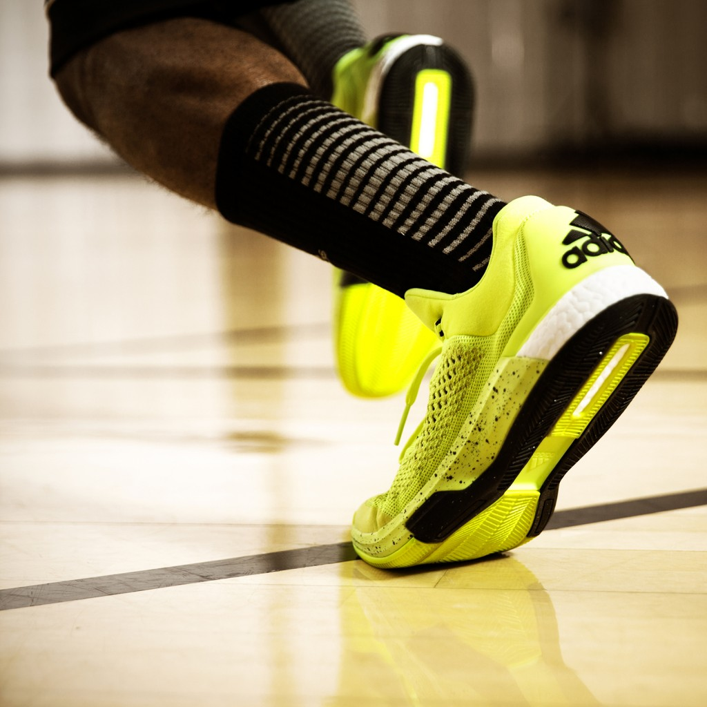 SS15_Bball_CLBoost_FW_IG_YLW_03