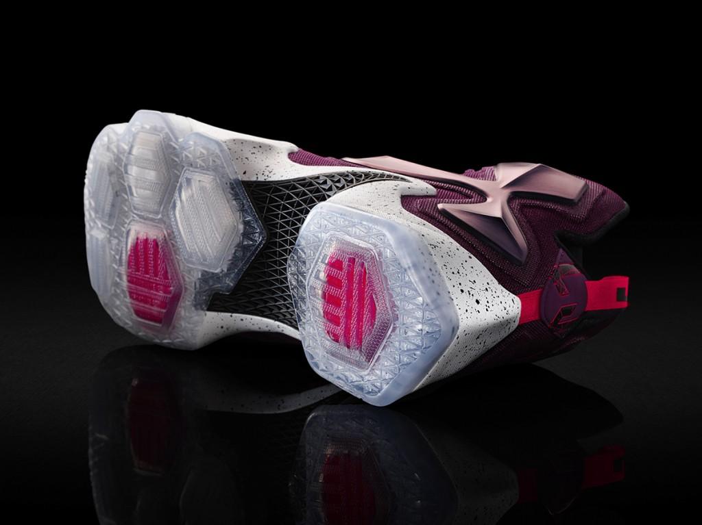 15-480_Nike_LeBron_13_0146-03_original