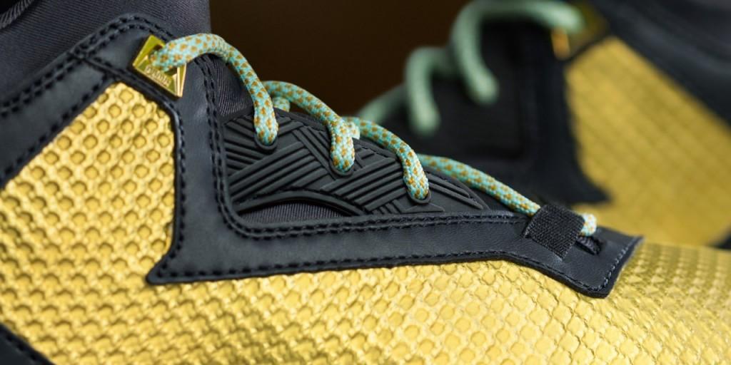 D Lillard 2 Fool's Gold Detail 2 Horizontal (B72598)