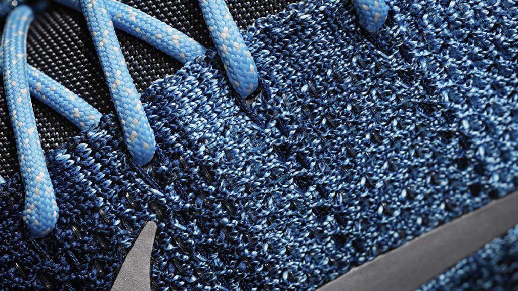 16-130_Nike_Kobe_822675-404_Detail_C-01_original