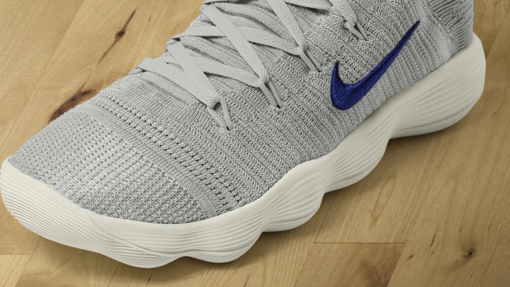 Nike_Hyperdunk_React_3